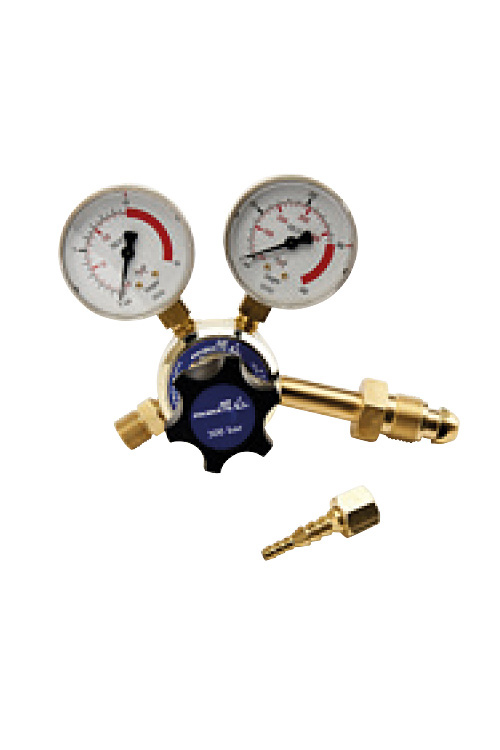 Single stage oxygen 10 bar regulator